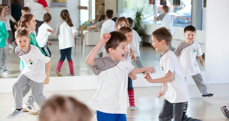 Stieler Kids WT Bildvorlage Gruppe